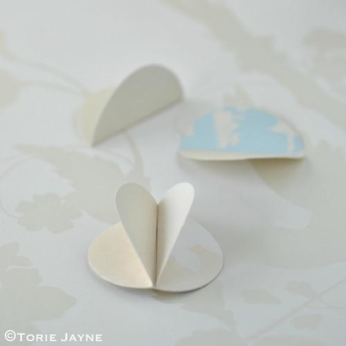 Paper bauble tutorial 6