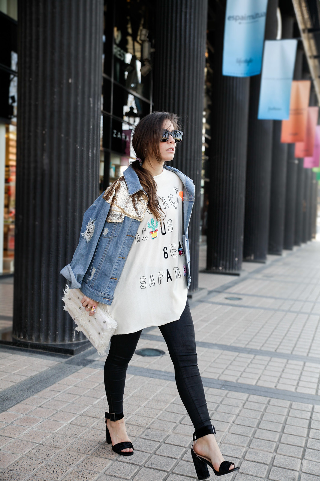 TREND_ ALERT_EMBROIDERY_AND_PATCHES_SEQUINS_DAY STYLE BEST INFLUENCER BARCELONA