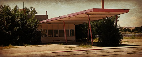 abandoned utah gasstation wellington enhanced smalltown fillingstation