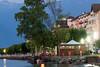 День 6. Закат на Женевском озере - единственное кафе, которое еще работало, была пиццерия на берегу. Она та и уталила наш голод.