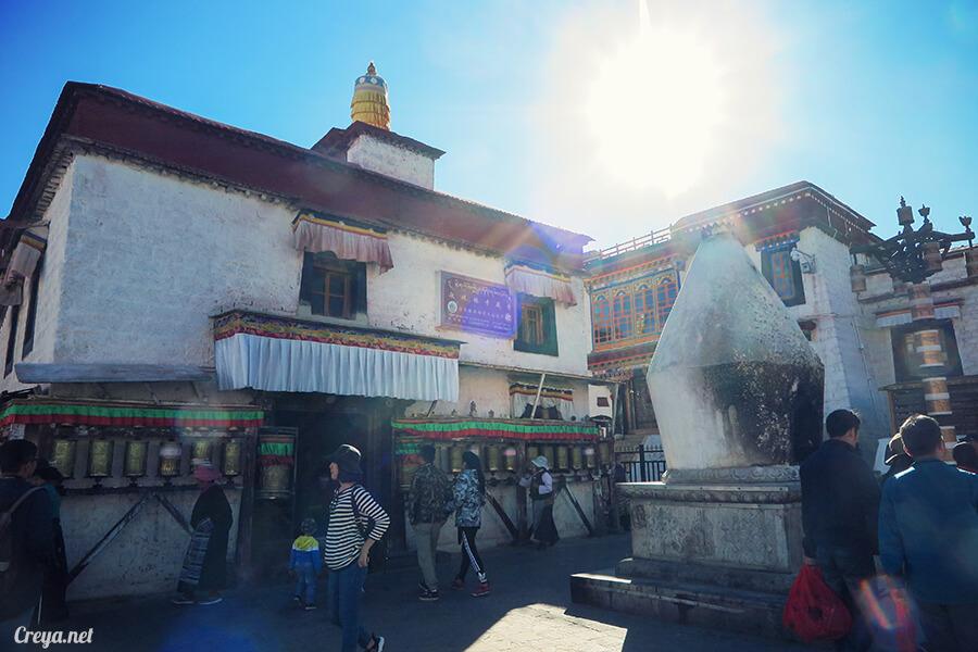 2015.12.09 ▐ Tibet 西藏踢北去 ▐ 尋找藏人真正的拉薩中心,被信仰力量震撼的大昭寺與舊城區 24.jpg
