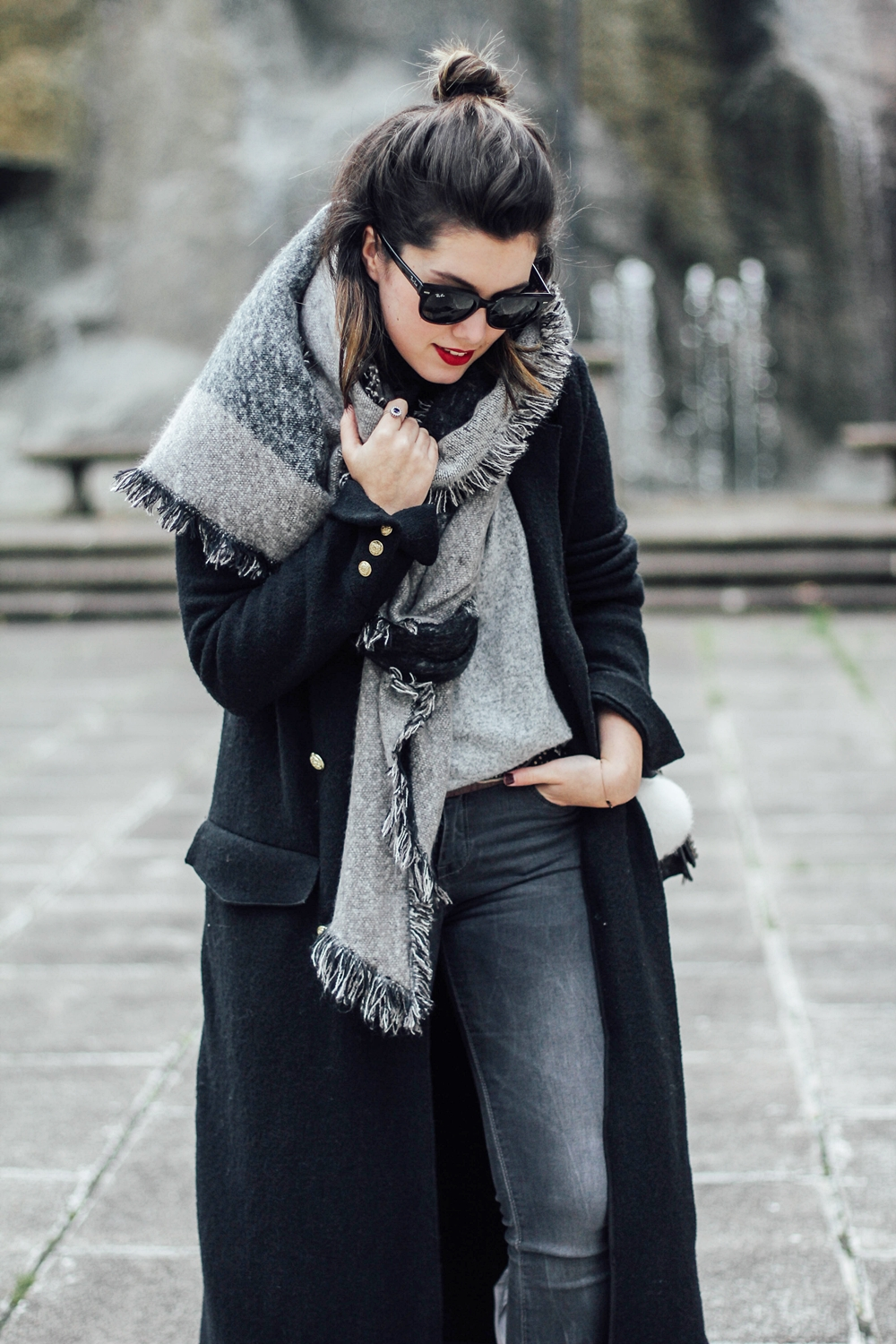 grey look with maxi coat and scarf winter myblueberrynightsblog