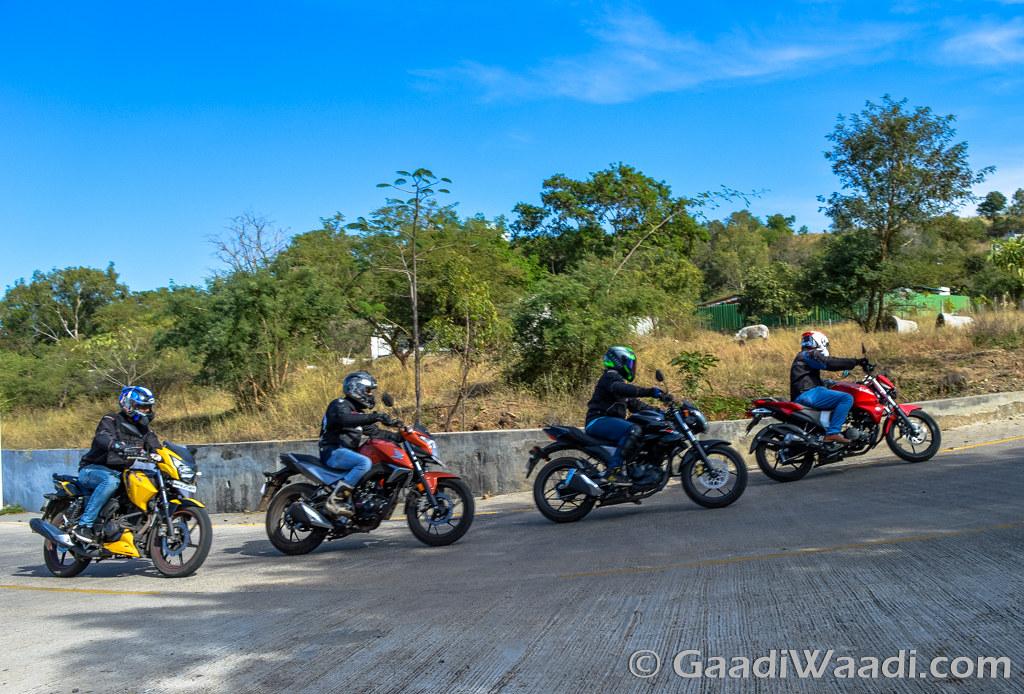 Honda CB Hornet vs Suzuki Gixxer vs Yamaha FZ vs TVS Apache (7)