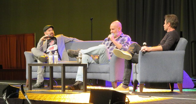 X-Files panel with Duchovny and Pileggi