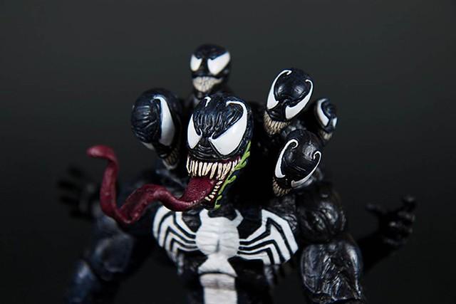 【玩具人。胖胖小屋。投稿】Marvel Select:猛毒 Venom