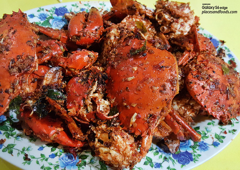 restoran makanan laut boon tat klang chili crabs