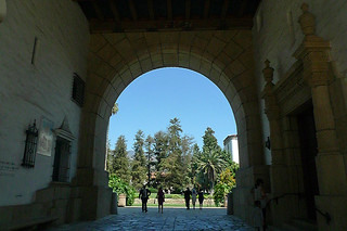Santa Barbara - Santa Barbara Courthouse arch