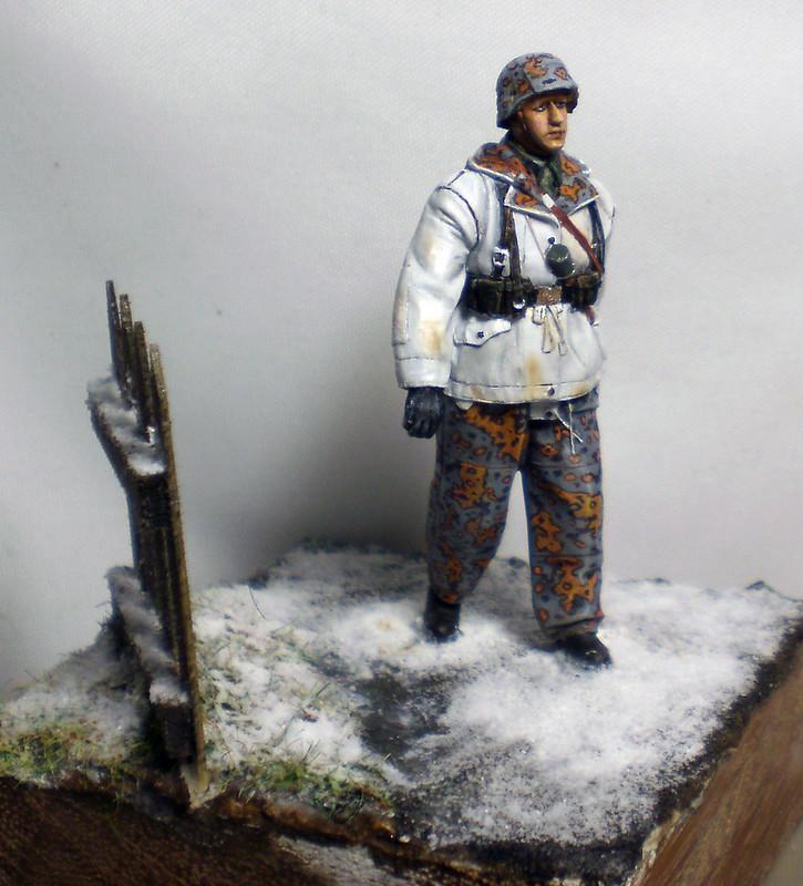 WSS Grenadier Late War - Alpine miniature - 1/35eme - Peinture a l'huile - Page 2 23429739365_cb16fc95e6_c