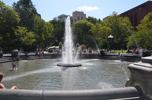 New York Washington Square Aug 15 (4)
