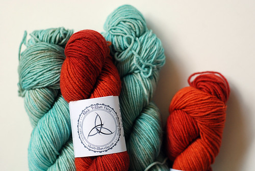 yarn being used in Triyang collection pattern sample