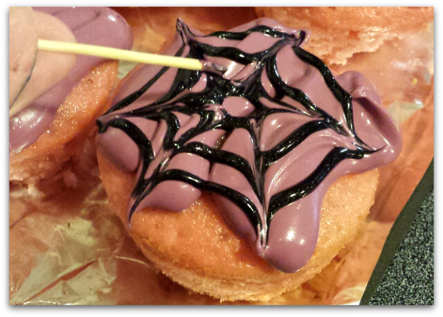 Frankenberry Halloween Cupcakes (Crazy for Desserts)