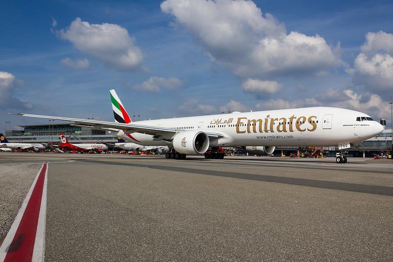 Emirates - B773 - A6-EGQ (1)