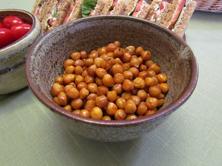Tamari-Roasted Chickpeas