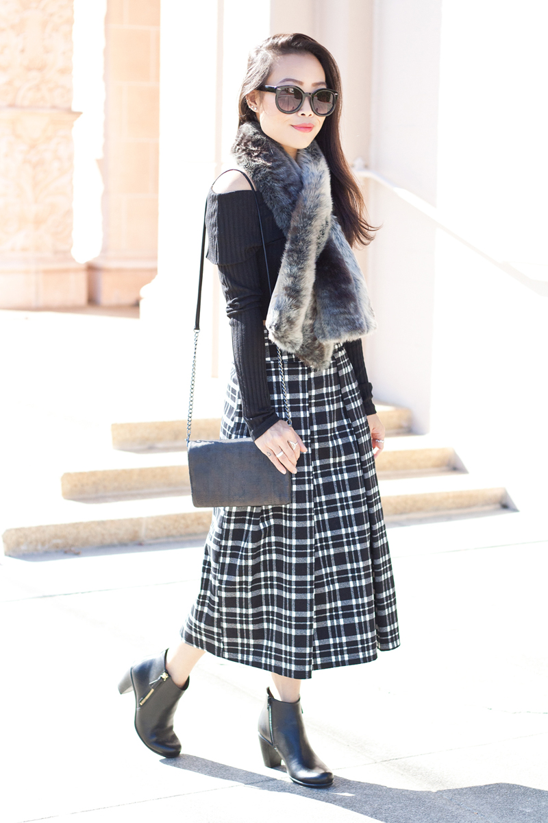 04-sf-fall-black-fur-plaid-tartan-fashion-style