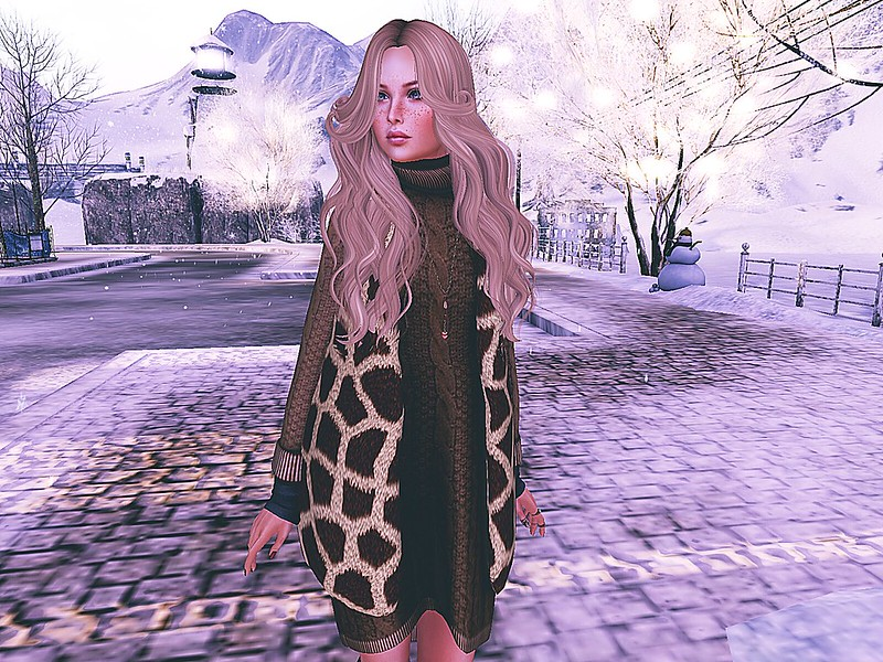 BLACKROSE - Fur vest/dress for Tre Chic
