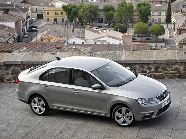 SEAT Toledo 2012 модельного года