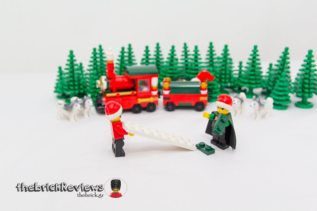 ThebrickReview: Christmas Train - 40138 - Limited Edition 2015 23423488000_a287892512_b