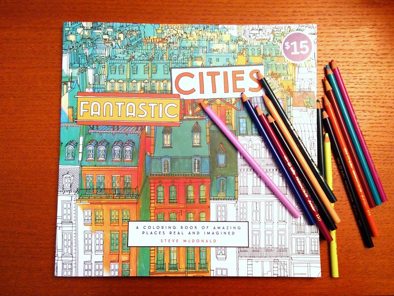 Travellers Gift Guide 2015 Adult Colouring Book | packmeto.com
