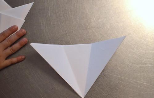 Let's make paper snowflakes http://evinok.com/?p=8462