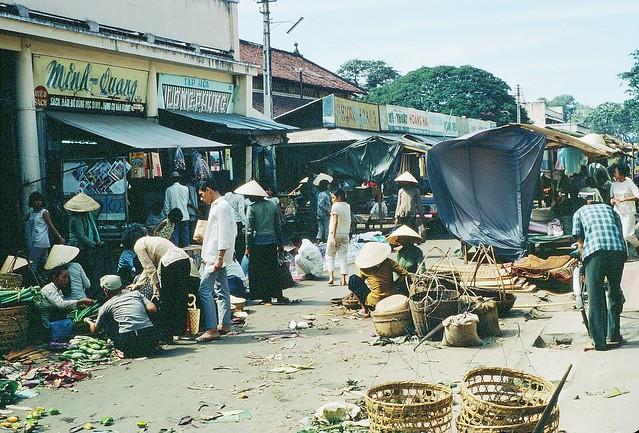 Vung Tau markets - Photo supplied by Mal Brand [1967]
