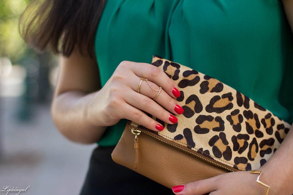green blouse, black pencil skirt, leopard clutch-9.jpg