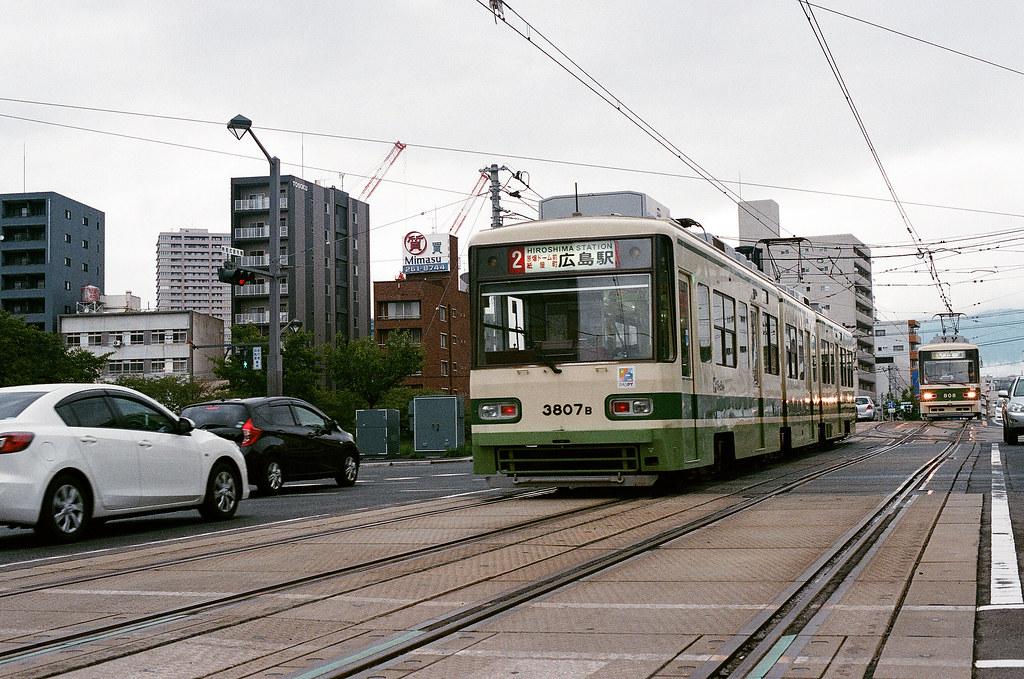 的場町 路面電車 広島 Hiroshima 2015/08/31 搭回 的場町。  Nikon FM2 / 50mm AGFA VISTAPlus ISO400 Photo by Toomore