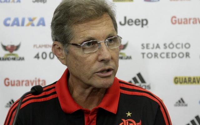 Presidente do Flamengo descarta erro em demiss�o de Oswaldo: &#39Foi planejamento 2016&#39