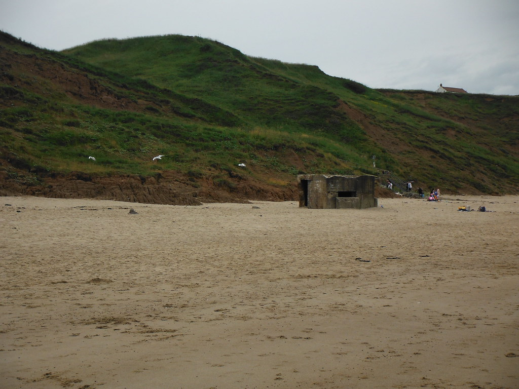 Cayton Bay Pillbox 4
