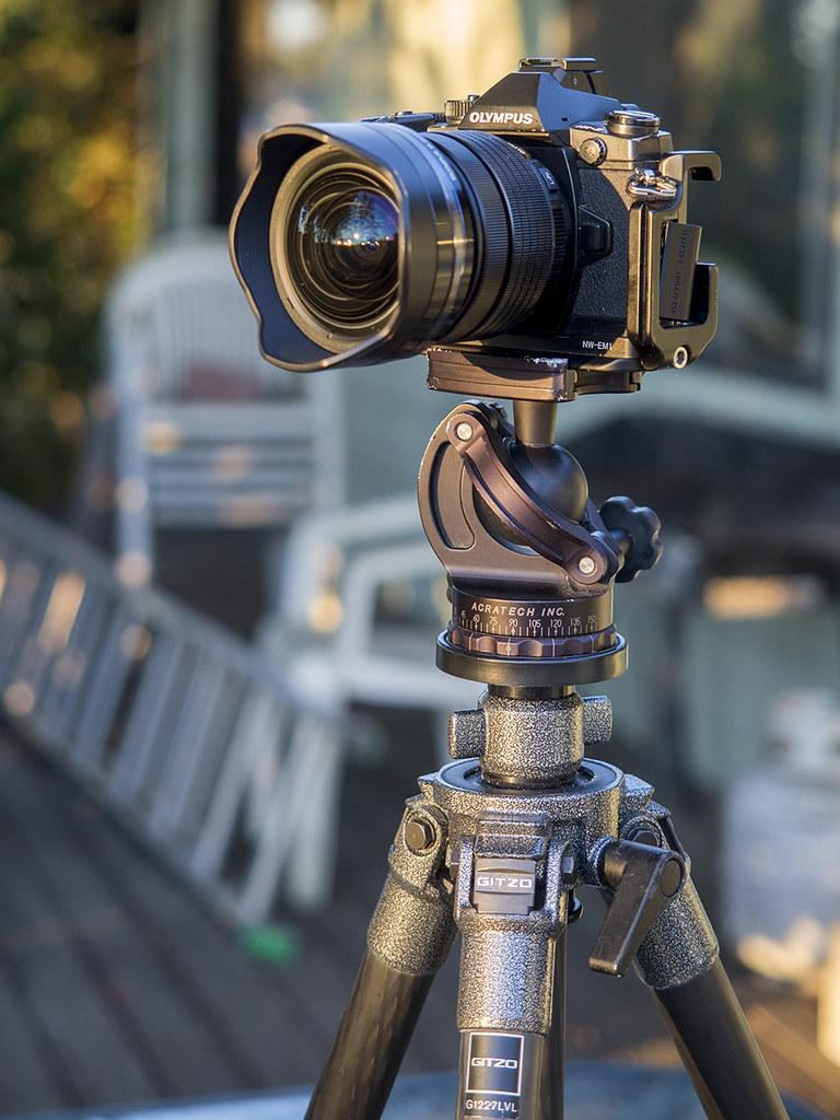 Porte filtre pour l'Olympus 7-14mm Pro F2.8 22788064850_36a9f7924b_b