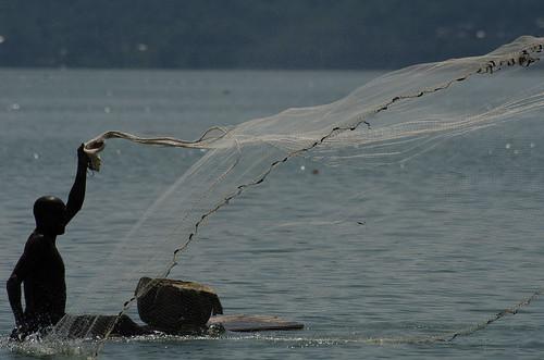 ashanti ghana lake fishing net africa westafrica bosumtwi botsomtwe