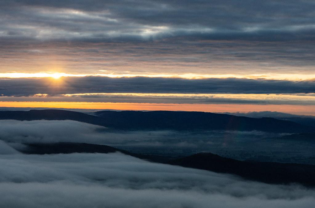 Mer de nuage au pied du Mont Beuvray
