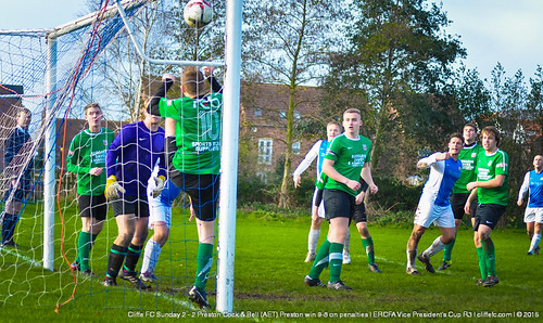 Cliffe FC Sunday 2 - 2 Preston C&B (AET, Preston win 9-8 on pens) 22Nov15