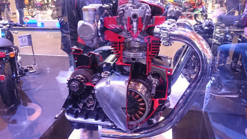 RV50 together with Honda Cb650sc Nighthawk Motorcycle further Showthread furthermore Alfa V Acv in addition Engine. on air cooled engine diagram