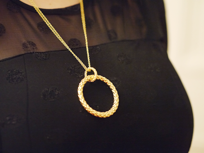 house of fraser necklace outfit 2