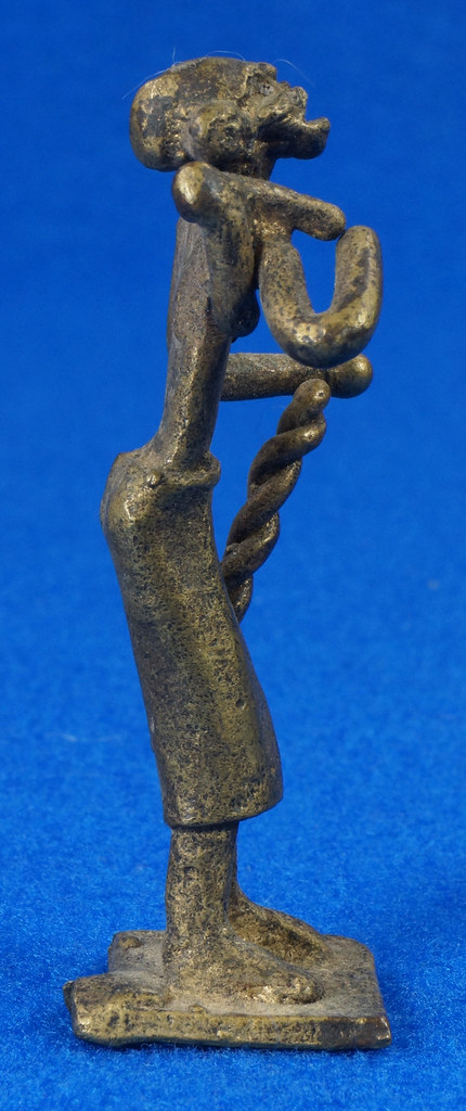 RD15104 4 Vintage African Hand Made Folk Art Primitive Figurines Solid Cast Brass Burkina Faso Yoruba West Africa DSC07100