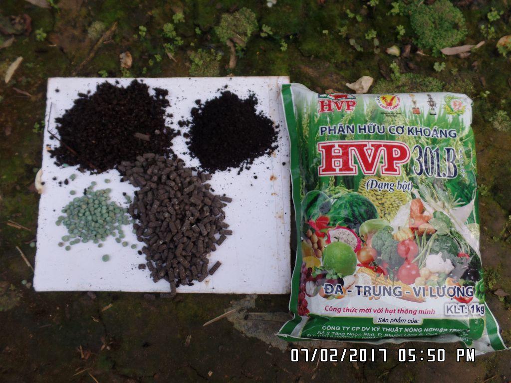 3 loại phân Hữu cơ mà tôi hay dùng bón cho cây hoa hồng: 1. Phân hữu cơ HVP301, 2. Phân dơi. 3. Phân Hữu Cơ Japon 3.5.3