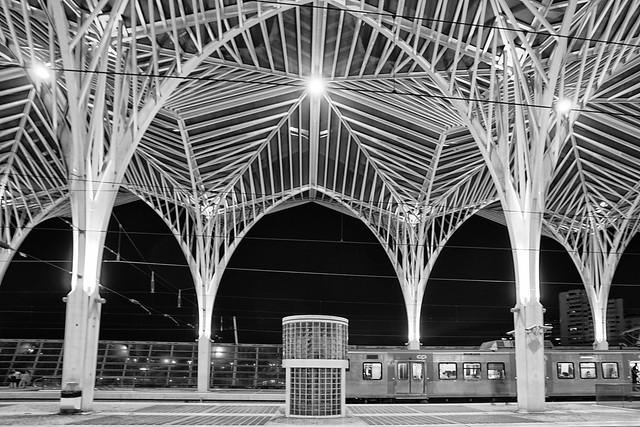 PORTUGAL - Lisboa - Gare do Oriente