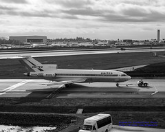 B&W of the @MuseumOfFlight 727 Pulling In