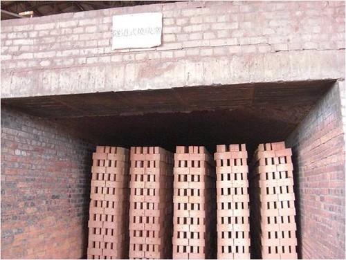 隧道試燒成窯。圖片來源:環保署。