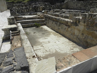 Swimming pool in the bath complex at Roman Scythopolis (1)