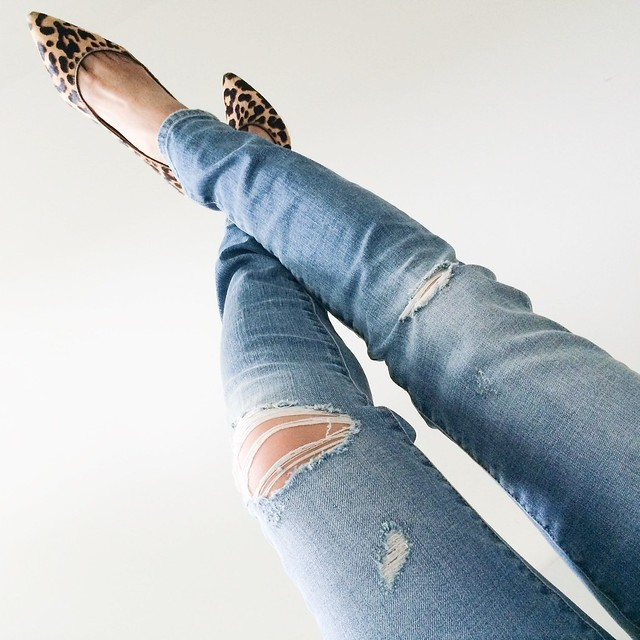 cute & little blog | petite-friendly distressed boyfriend jeans