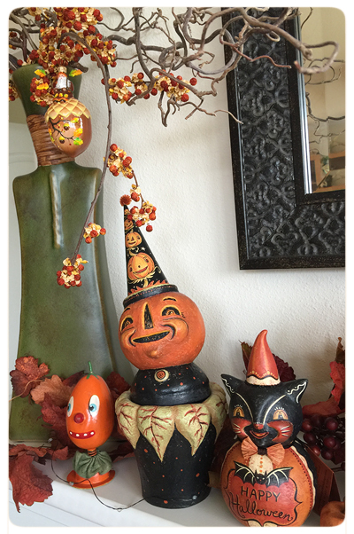 Mary-&-Frank's-Photo-Johanna-Parker-Collection-Halloween-JOL-Mantel-Left