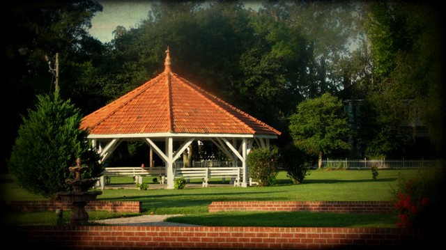 Ludowici Well Pavilion