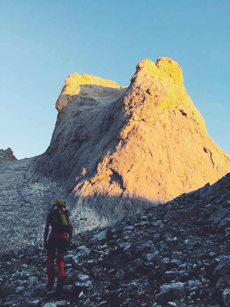_manlul_climb_lul_picos_de_europa_picu_urriellu_naranjo_de_bulnes_montaña_escalada_cumbre
