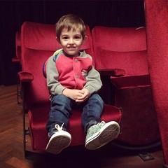 Camilo listo para ver #Pichuco hoy en el #palaisdeglace !!!