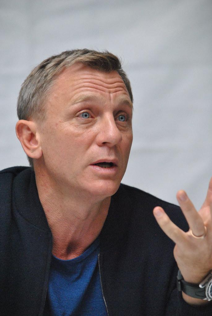 Дэниел Крэйг — Пресс-конференция «007: СПЕКТР» 2015 – 55