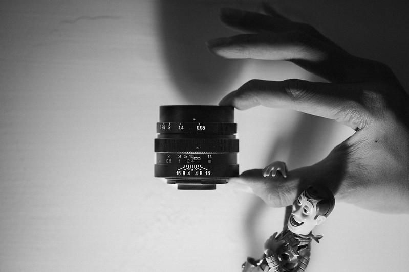 25mm f/0.95|中一光學  Zhongyi