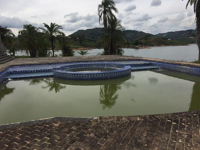 Piscina Hacienda La Manuela