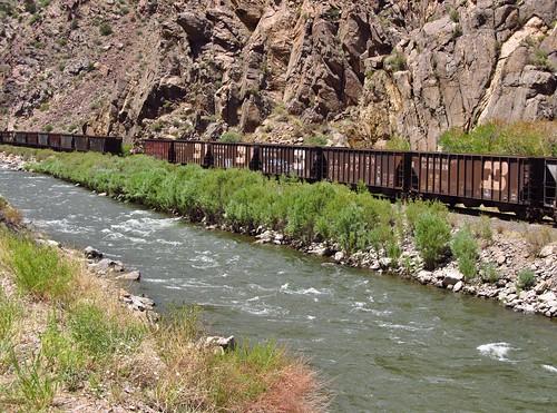 canoncity colorado roadtrip landscape scenery us50 arkansasriver river train