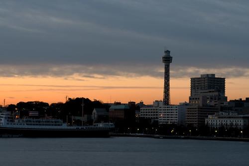 marine tower yokohama sunrise dawn 横浜マリンタワー 夜明け